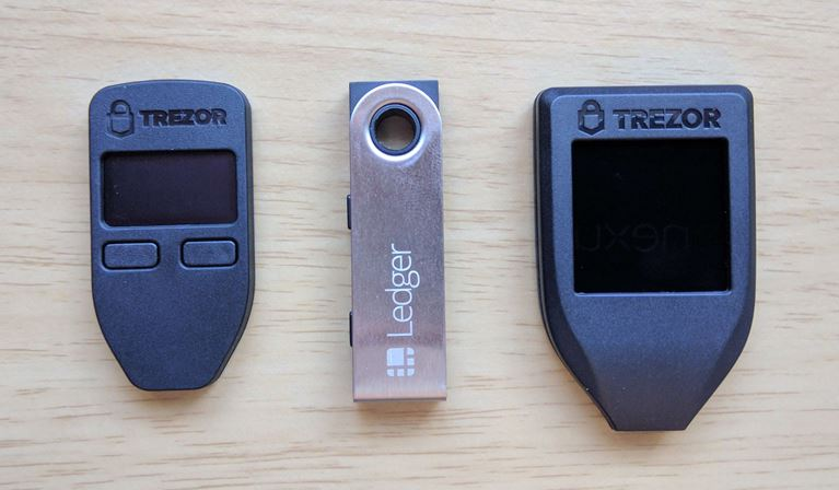Trezor 1 vs Ledger Nano S vs Trezor Model T hardware wallet